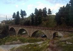 Verlauf vorne, das Viadukt, im hinteren Bereich ist die Rugnux Paradestrecke zu finden.