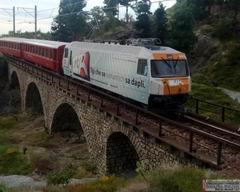 Das Viadukt misst etwas über 60 cm, das ganze Modul ist 95 cm breit und 1 m tief.